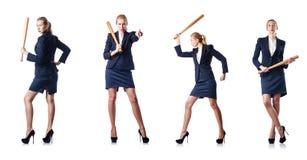 Η επιχειρηματίας με το ρόπαλο του μπέιζμπολ στο λευκό Στοκ φωτογραφίες με δικαίωμα ελεύθερης χρήσης