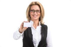 Η επιχειρησιακή γυναίκα απομόνωσε το άσπρο πορτρέτο υποβάθρου Στοκ Φωτογραφία