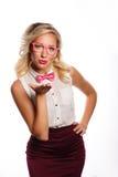 Η επιχειρησιακή γυναίκα στέλνει ένα φιλί αέρα Στοκ φωτογραφίες με δικαίωμα ελεύθερης χρήσης