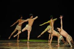 Η εποχή του νεολαία-μαύρου άγγελος-σύγχρονου χορός-χορογράφου Henry yu Στοκ εικόνες με δικαίωμα ελεύθερης χρήσης