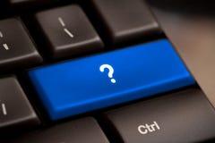 Η ερώτηση εισάγει το κλειδί κουμπιών Στοκ Εικόνες