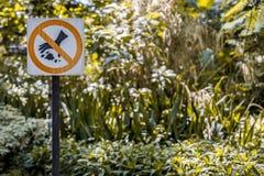 Η ετικέτα απαγορεύει τη ρύπανση στοκ φωτογραφία