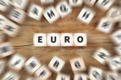 Η ευρο- ΕΕ Ευρώπη χρημάτων νομίσματος οικονομική χωρίζει σε τετράγωνα την επιχειρησιακή έννοια Στοκ Φωτογραφία