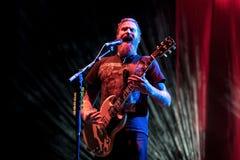 Η ζώνη βαρύ μετάλλου μαστόδοντων αποδίδει στη συναυλία Download στο φεστιβάλ μουσικής βαρύ μετάλλου στοκ φωτογραφίες