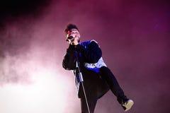 Η ζώνη ρυθμού Weeknd και μουσικής μπλε αποδίδει στη συναυλία FIB στο φεστιβάλ στοκ εικόνα με δικαίωμα ελεύθερης χρήσης
