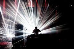 Η ζώνη χιονοστιβάδων εκτελεί μια καθορισμένη συναυλία του DJ στον ήχο το 2016 Primavera Στοκ φωτογραφία με δικαίωμα ελεύθερης χρήσης