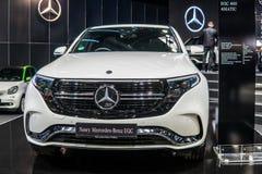 Η ηλεκτρική Mercedes-Benz EQC 400 4Matic 300kW SUV, πρότυπο έτος του 2019, εμπορικό σήμα EQ, EV που παράγεται από Benz της Merced στοκ εικόνες