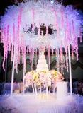 Η ημέρα γάμου, γάμος κέικ, στη νύχτα του γαμήλιου κέικ FA Στοκ Φωτογραφία