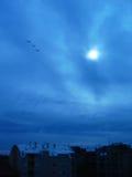 η ημέρα μιμείται τη νύχτα Στοκ φωτογραφία με δικαίωμα ελεύθερης χρήσης
