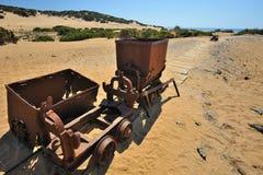 Η θάλασσα της Σαρδηνίας, Ιταλία - παλαιά μεταλλεία Στοκ φωτογραφία με δικαίωμα ελεύθερης χρήσης
