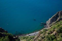 Η θάλασσα και τα βουνά το καλοκαίρι Στοκ φωτογραφίες με δικαίωμα ελεύθερης χρήσης