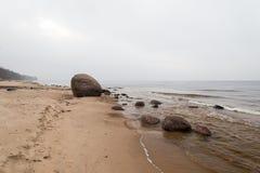 Η θάλασσα της Βαλτικής και ομιχλώδες πρωί Στοκ Φωτογραφίες