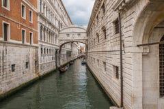 Η διάσημη γέφυρα των στεναγμών στη Βενετία, Ιταλία Στοκ φωτογραφία με δικαίωμα ελεύθερης χρήσης