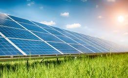 Ηλιακές εγκαταστάσεις στοκ φωτογραφίες με δικαίωμα ελεύθερης χρήσης
