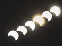 Ηλιακή έκλειψη με τα αφηρημένα υπόβαθρα Στοκ Φωτογραφίες