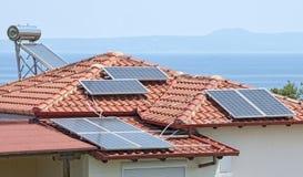 ηλιακή έκδοση ισχύος επιτροπής ανασκόπησης μπλε Στοκ εικόνα με δικαίωμα ελεύθερης χρήσης