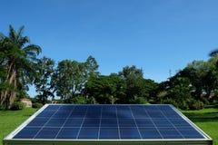 Ηλιακή ενέργεια στη φύση Στοκ εικόνα με δικαίωμα ελεύθερης χρήσης