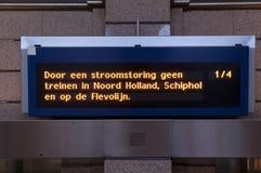 Η διακοπή ρεύματος δεν οδηγά εκεί κανένα τραίνο στις Κάτω Χώρες Si σιδηροδρόμων Στοκ Εικόνες
