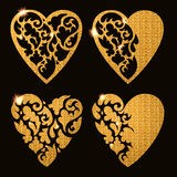 Η διακοσμητική ευχετήρια κάρτα βαλεντίνων με ακτινοβολεί καρδιές Διανυσματική απεικόνιση