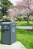Ηλιακός συμπιεστής απορριμμάτων διαχείρησης αποβλήτων στοκ εικόνα