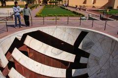 Ηλιακό ρολόι στο αστρονομικό παρατηρητήριο Jantar Mantar στο Jaipur Στοκ Εικόνες