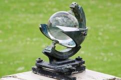 Ηλιακό ρολόι σφαιρών γυαλιού Στοκ Εικόνες