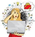 Η διανυσματική γυναίκα αγοράζει τα δώρα Χριστουγέννων on-line διανυσματική απεικόνιση