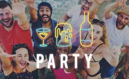 Η διασκέδαση ζωής νύχτας κόμματος απολαμβάνει την έννοια στοκ εικόνες