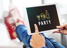 Η διασκέδαση ζωής νύχτας κόμματος απολαμβάνει την έννοια στοκ εικόνες με δικαίωμα ελεύθερης χρήσης