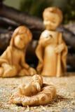 Η ιερή οικογένεια σε μια αγροτική σκηνή nativity Στοκ Εικόνες