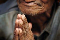 ηλικιωμένα χέρια Στοκ εικόνα με δικαίωμα ελεύθερης χρήσης
