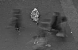Ηλικιωμένη γυναίκα επαιτών Στοκ εικόνες με δικαίωμα ελεύθερης χρήσης
