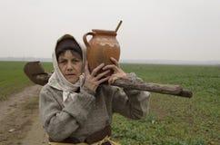 Ηλικιωμένη γυναίκα χώρας Στοκ φωτογραφίες με δικαίωμα ελεύθερης χρήσης