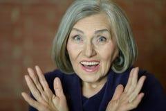 ηλικιωμένη ευτυχής γυναίκα στοκ εικόνα