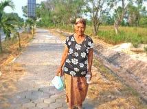 Ηλικιωμένη ινδονησιακή γυναίκα στοκ εικόνες