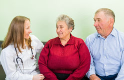 Ηλικιωμένη οικιακή φροντίδα στοκ φωτογραφίες