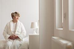 Ηλικιωμένος θηλυκός ασθενής νοσοκομείου Στοκ εικόνες με δικαίωμα ελεύθερης χρήσης