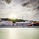 Ηλιοβασίλεμα λίγο δραματικό στην πόλη της Λυών Στοκ φωτογραφίες με δικαίωμα ελεύθερης χρήσης