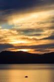 Ηλιοβασίλεμα, λίμνη Tahoe Στοκ Φωτογραφίες