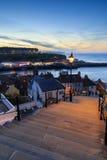 Ηλιοβασίλεμα από τα 199 βήματα whitby Στοκ Φωτογραφίες