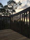 Ηλιοβασίλεμα από το γερανό γεφυρών Στοκ εικόνα με δικαίωμα ελεύθερης χρήσης