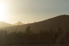 ηλιοβασίλεμα βουνών της Κρήτης Ελλάδα Στοκ εικόνα με δικαίωμα ελεύθερης χρήσης