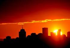 Ηλιοβασίλεμα εικονικής παράστασης πόλης Στοκ εικόνες με δικαίωμα ελεύθερης χρήσης