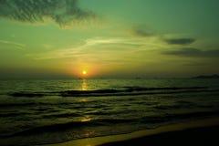 Ηλιοβασίλεμα εν πλω Στοκ Εικόνες