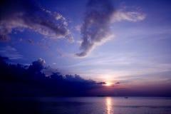Ηλιοβασίλεμα θαλασσίως Στοκ Εικόνες