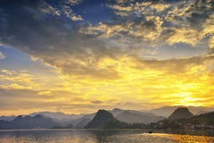 Ηλιοβασίλεμα λιμνών Στοκ εικόνα με δικαίωμα ελεύθερης χρήσης