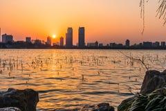 Ηλιοβασίλεμα λιμνών Xuanwu Στοκ εικόνες με δικαίωμα ελεύθερης χρήσης