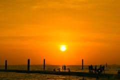 Ηλιοβασίλεμα και koh παραλιών larn pattaya Ταϊλάνδη Στοκ φωτογραφία με δικαίωμα ελεύθερης χρήσης