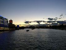 Ηλιοβασίλεμα Λονδίνο Τάμεσης Στοκ φωτογραφία με δικαίωμα ελεύθερης χρήσης