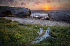 Ηλιοβασίλεμα μέσω των αψίδων Στοκ εικόνες με δικαίωμα ελεύθερης χρήσης